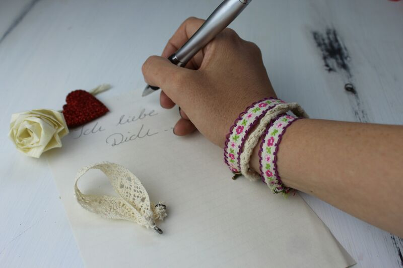 Armband aus Spitze Annefaktur.de
