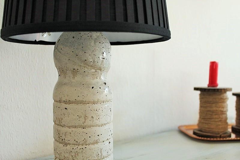 Lampenständer aus Beton Annefaktur.de