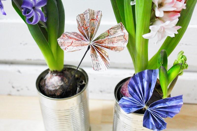 Geschenkverzierung Schmetterlinge aus Papier Annefaktur.de