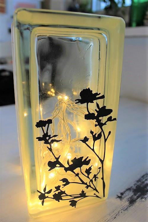 DIY Lampe aus Glasbaustein und Lichterkette Annefaktur.de