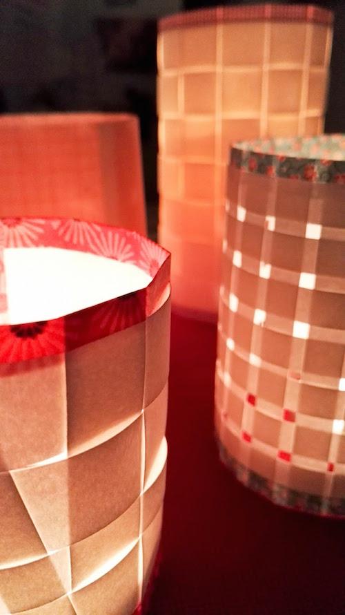 Papierstreifen zu Kerzenhaltern upcyclen Annefaktur.de